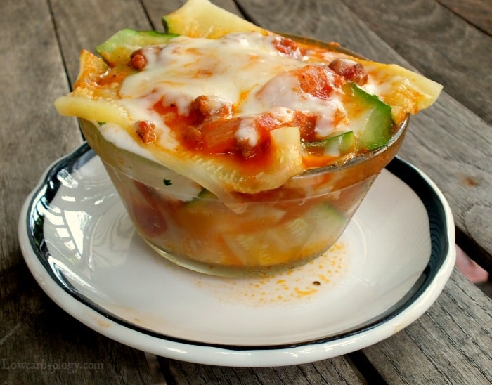 lowcarb lasagna feature image| lowcarb-ology.com