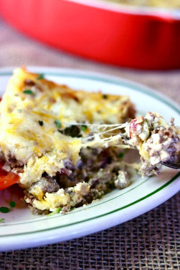 cheesy and gooey - low carb bacon cheeseburger casserole has just 2 carbs! From Lowcarb-ology.com