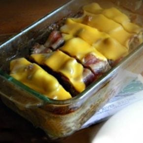 family friends and low-carb, this bacon cheeseburger meatloaf has loads of flavor that the family will love. lowcarb-ology.com