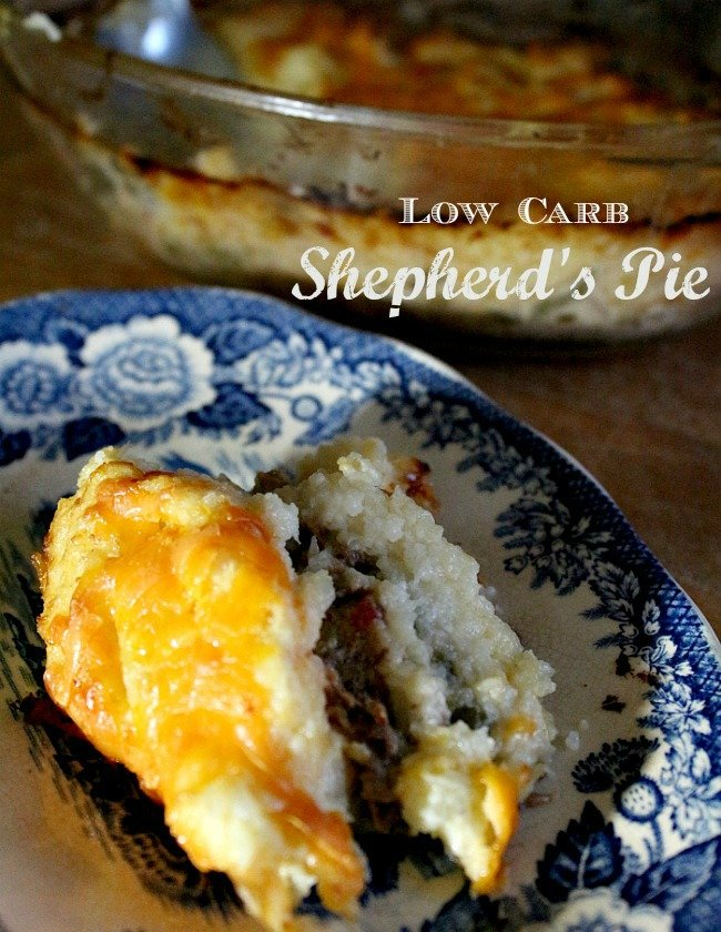 This low carb shepherd's pie has just 4.9 net carbs per generous serving. Don't give up your comfort food! Lowcarb-ology.com