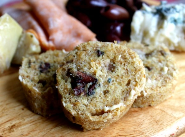 Low-Carb Kalamata Olive Bread - Oh Heaven! - lowcarb-ology