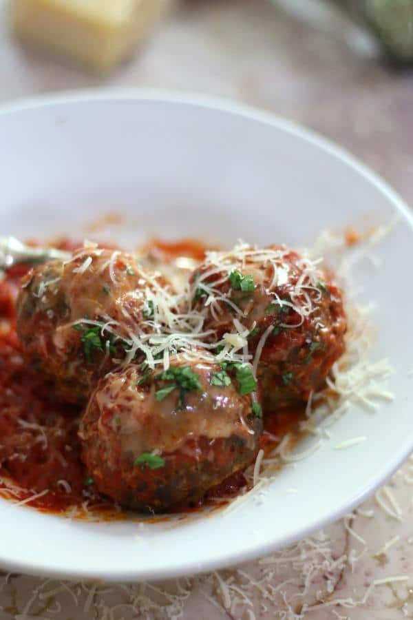 Super easy low carb meatballs have just 0.5 carbs each! From lowcarb-ology.com