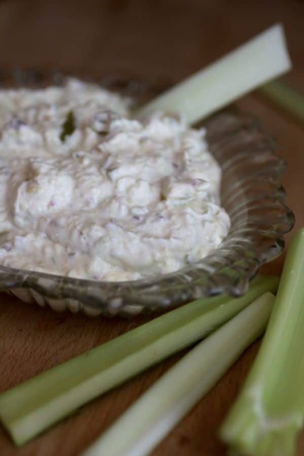 Low carb dill pickle dip has just a hint of jalapeno for a little lip-buzz. From Lowcarb-ology.com
