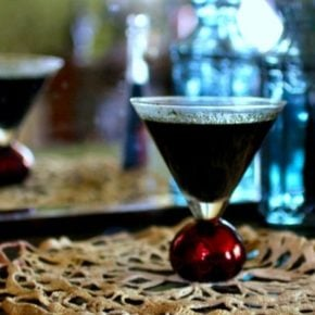This easy, inky, black colored cocktail has 0 carbs. Perfect for Halloween! From Lowcarb-ology.com