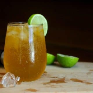Easy, 0 carb Hawaiian Iced Tea cocktail is a blast of tropical flavor. So yummy! Lowcarb-ology.com