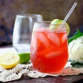 This summer bourbon cocktail recipe is light and refreshing, sweet and tangy, and perfect for long summer afternoons! 0 carbs! From Lowcarb-ology.com