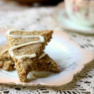These autumn spice scones have just 3 net carbs each! They are so good! From RestlessChipotle.com