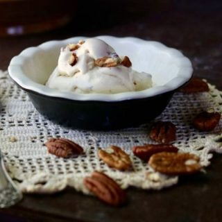 Low Carb Brown Butter Bourbon Pecan ice cream recipe is so creamy and decadent! Keto friendly and easy to make, too! From Lowcarb-ology.com