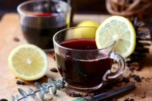 Hot Mulled Wine: Low Carb Holiday Punch